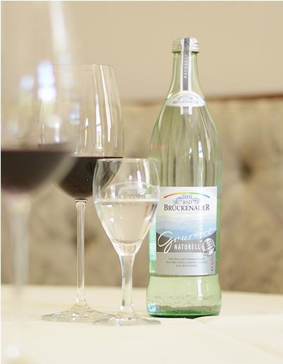 Bad Brückenauer Mineralwasser zu Wein